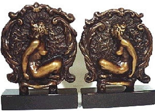 Book ends image