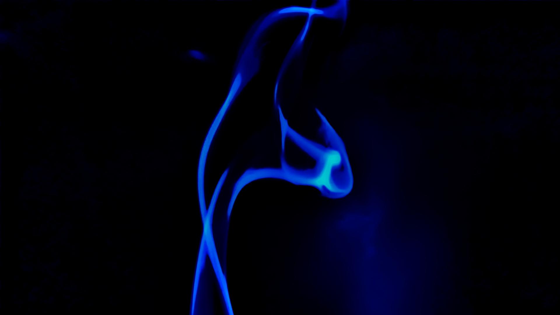 bluesmoke1 image