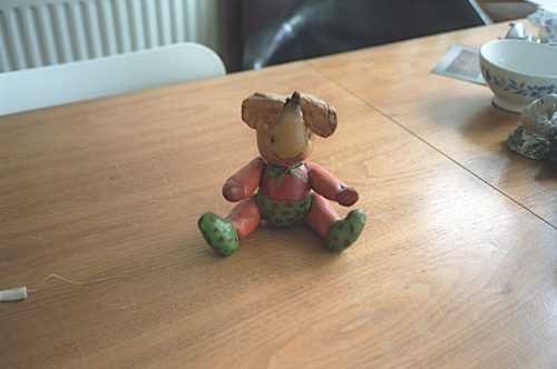 My mother's figurine, thrown away on 17 May 2001 image