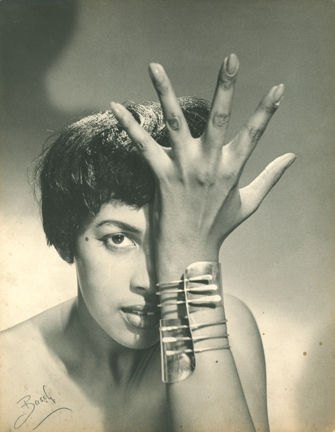 "Model wearing Art Smith's ""Modern Cuff"" Bracelet image"