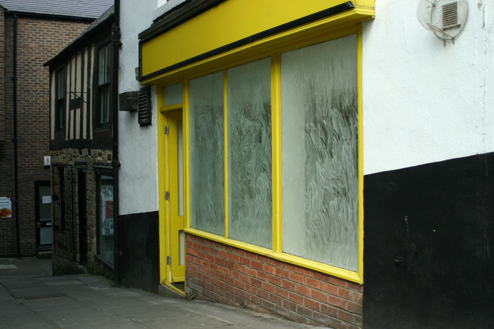 Mint Residue at Empty Shop image