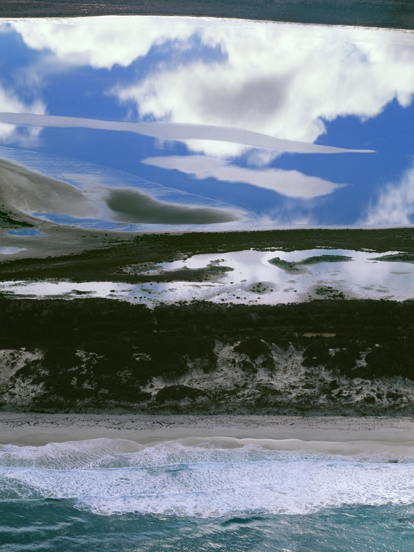 Coastline between Esperance and Cape Arid, Western Australia 2006 image