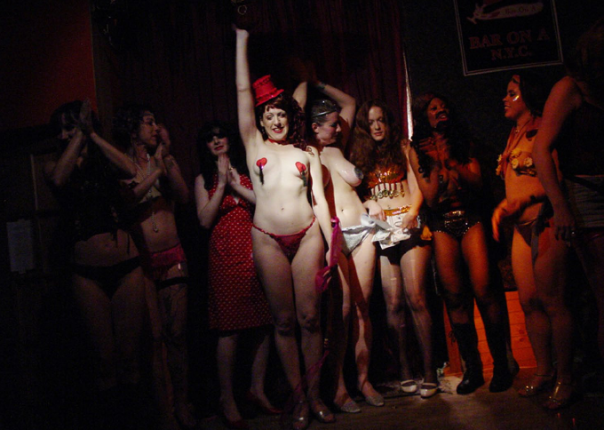 Neo-Burlesque image