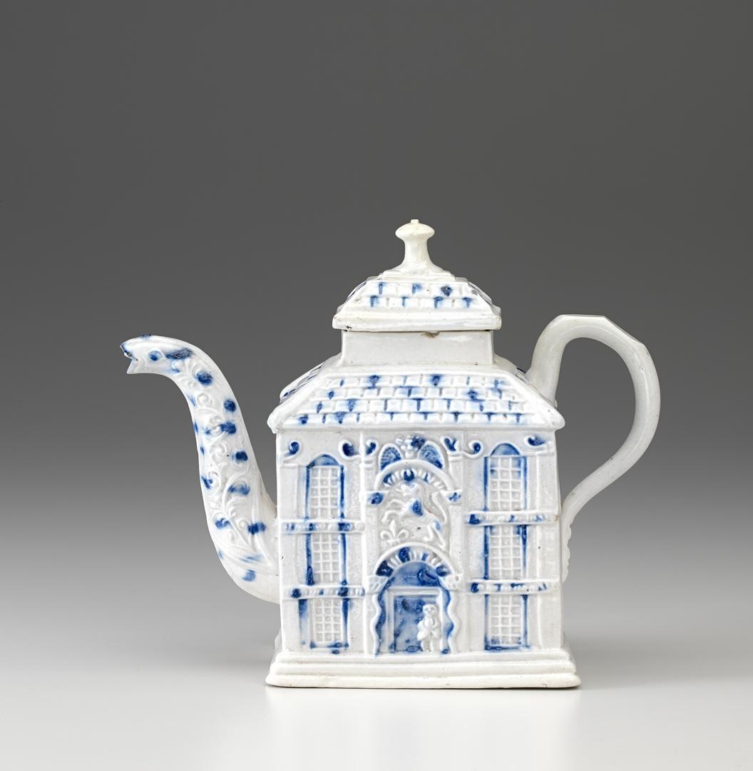 Teapot c. 1745–50 image