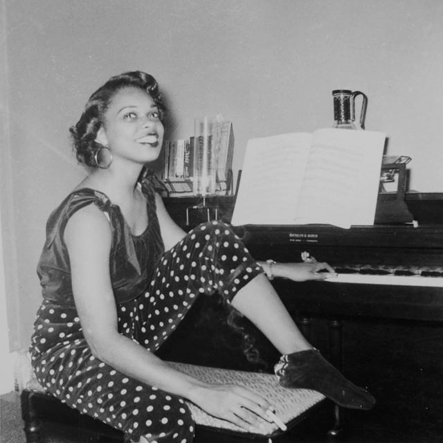 Lorna Simpson (American, b. 1960). 1957–2009 Interiors (detail), 2009. image