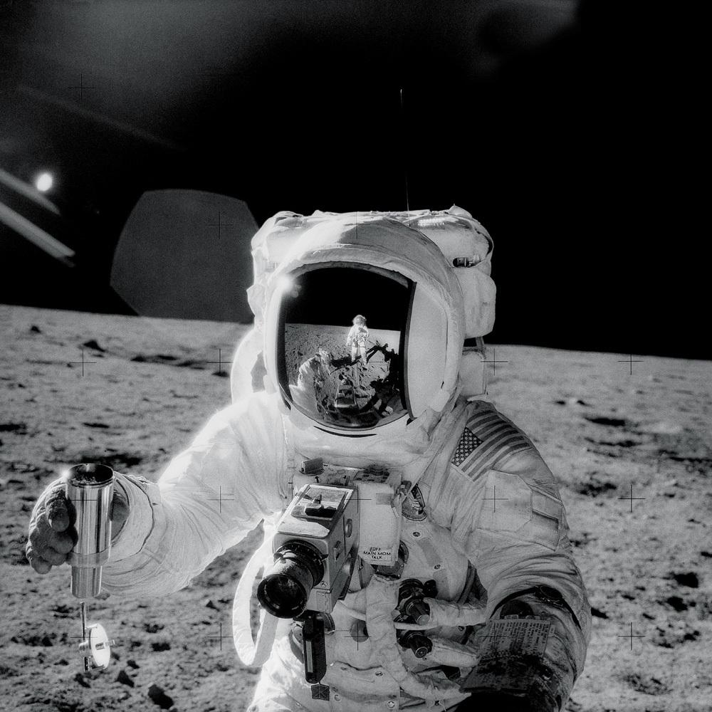 Apollo 12 Alan Bean with camera image