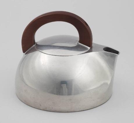 Magnalite Tea Kettle. 1936 image