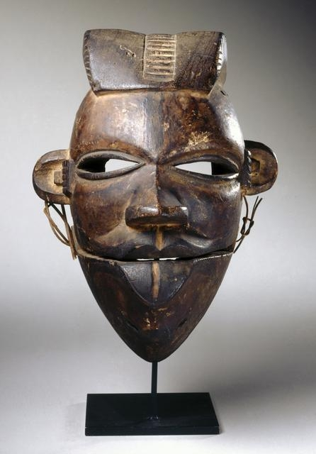 Elu Mask with Hinged Jaw image