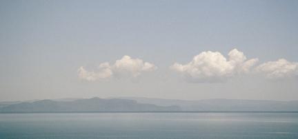 Die Wolken ueber dem See I image