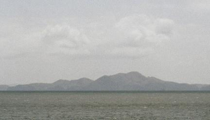Die Wolken ueber den Bergen image