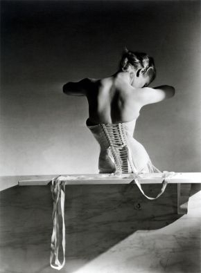 Horst: Photographer of Style image