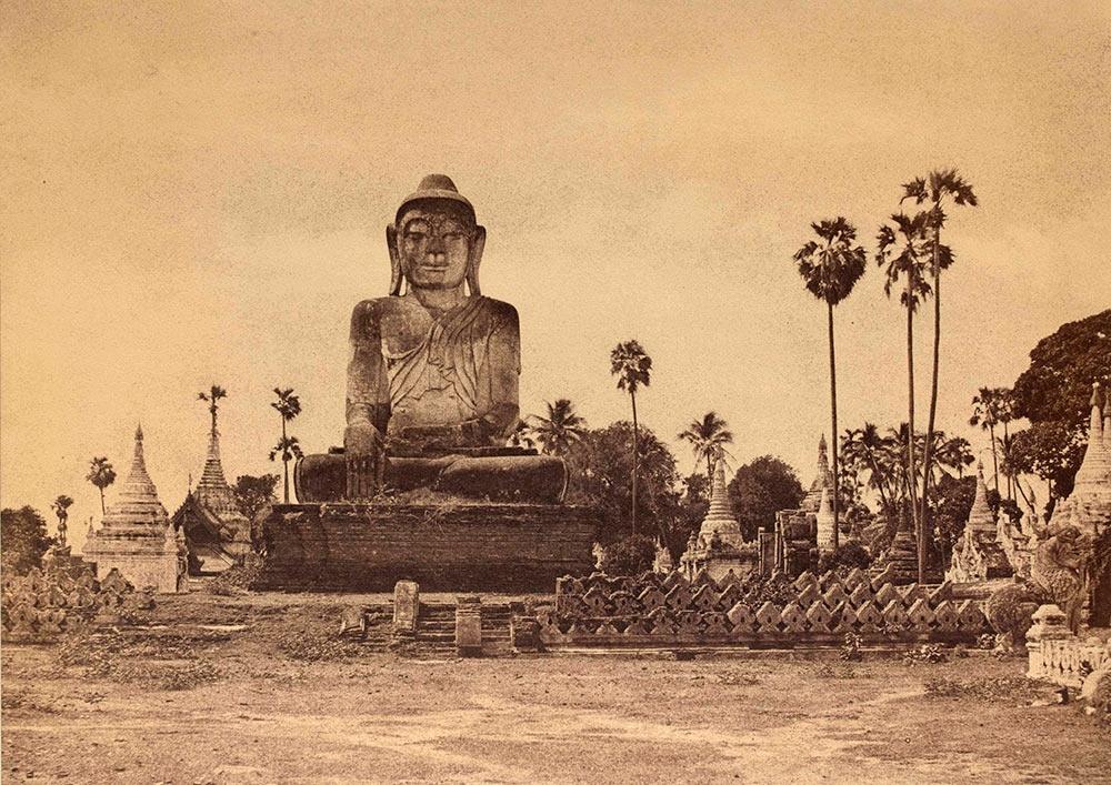 Colossal Statue of the Gautama image