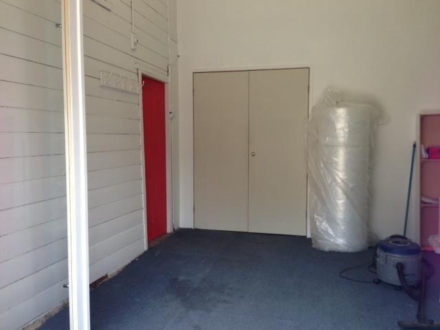 red gallery studio, interior  image