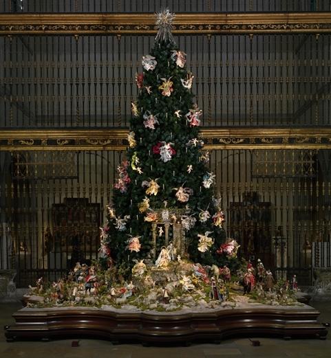 Christmas Tree and Neapolitan Baroque Cr image