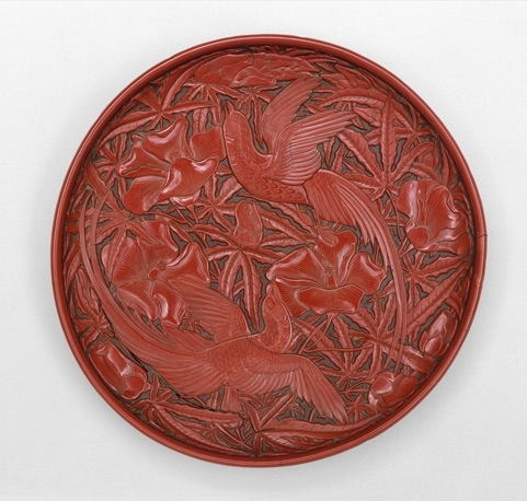Round dish with birds and hollyhock image