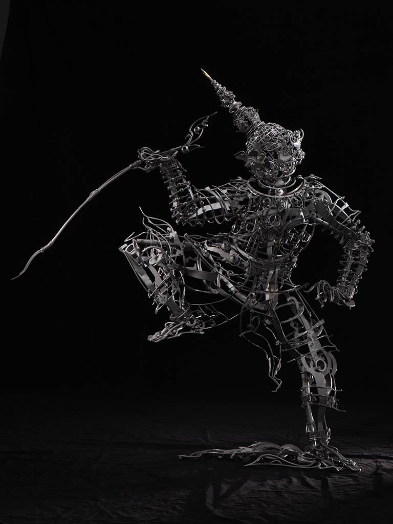Banjerd Lekkong, Ravana's Standing, Iron, 80''x 80''x 20'' image