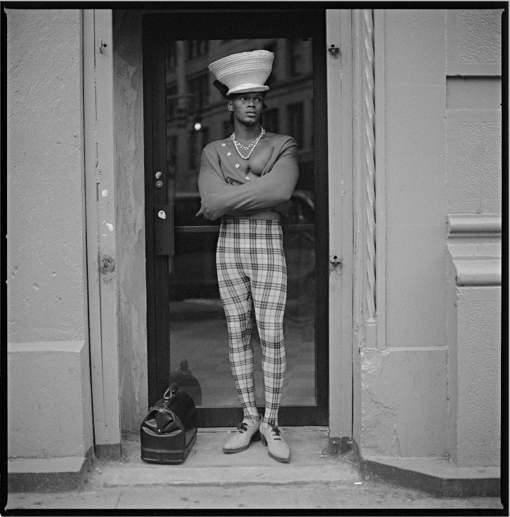 Made You Look: Dandyism and Black Masculinity  image