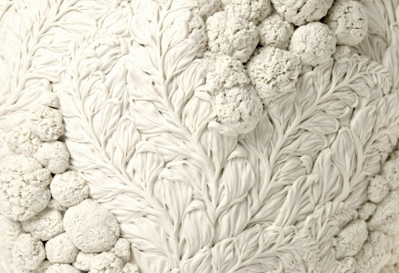 A Very Large Nazuna and English Daisy Bowl [detail] image