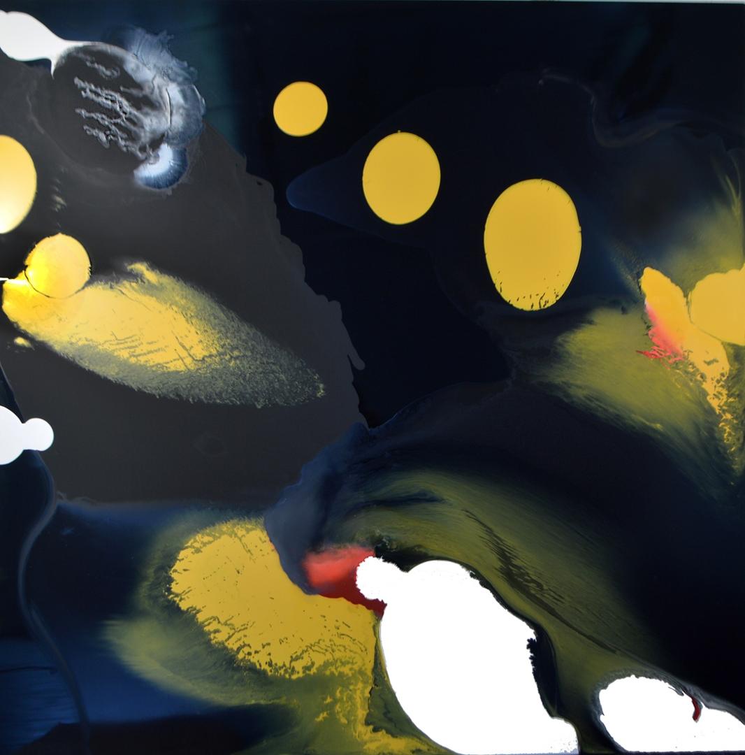 Yellow versus Black and White image