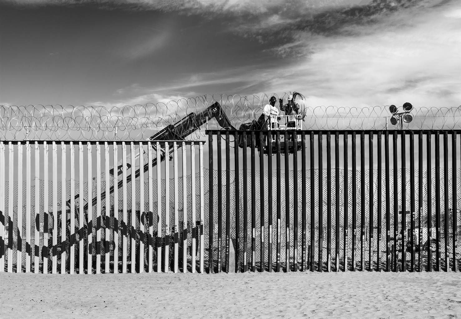 Ada Luisa Trillo, Reinforcing The Wall, Archival Pigment Print, 34.5'' x 50'' image