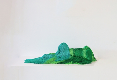 Troy Emery, The emerald sphinx, 2020. Polyester, polyurethane, wire, fibreglass, pins, adhesive, 24 x 98 x 40 cm. Image courtesy of the artist and Martin Browne Contemporary. image