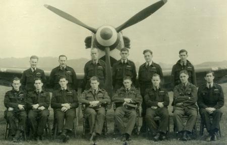 WWII servicemen image