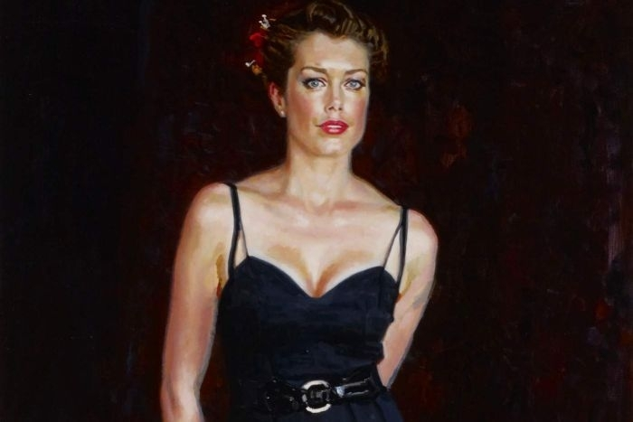 Mathew Lynn wins 2013 Archibald Packing Room Prize for his portrait of Tara Moss  image