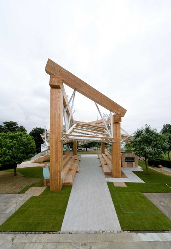 Serpentine Gallery Pavilion 2008 Designed by Frank Gehry Photograph: Iwan Baan image