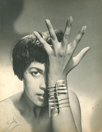 """Model wearing Art Smith's """"Modern Cuff"""" Bracelet image"""