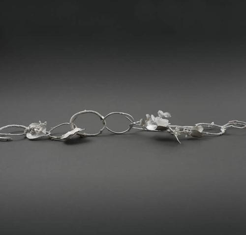 Gum Twig Chain image
