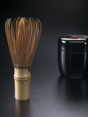 JAPANESE Whisk (Chasen). (20th century) Japan bamboo, cotton thread. 11.6 x 4.5 x 4.9 cm. image