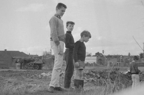 Children, Hawthorn East 1 image