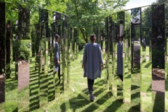 Jeppe Hein Semicircular Space image