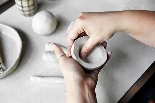 New Primitives ceramics hand building workshop image