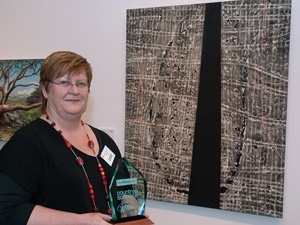 Wendy Teakel wins $35k Country Energy Art Prize for Landscape Painting image