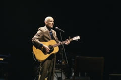 Paul Kelly joins forces with Irish musicians to combine live music with spoken word and poetry image
